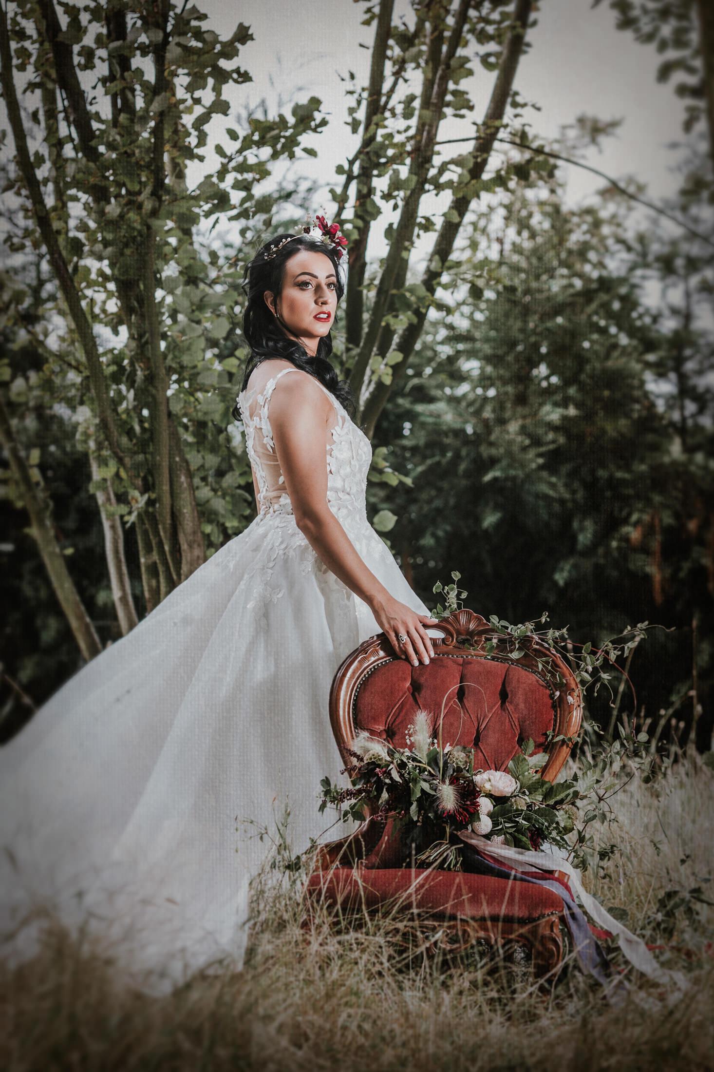 Woodland Wedding - nottingham outdoor wedding venue - east midlands wedding planner - nottingham wedding planner