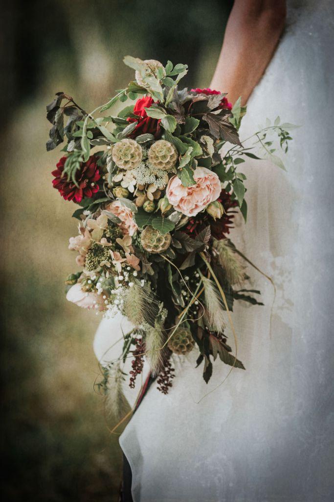 Woodland Wedding - nottingham outdoor wedding venue - east midlands wedding planner - unique wedding bouquet - luxurious wedding flowers