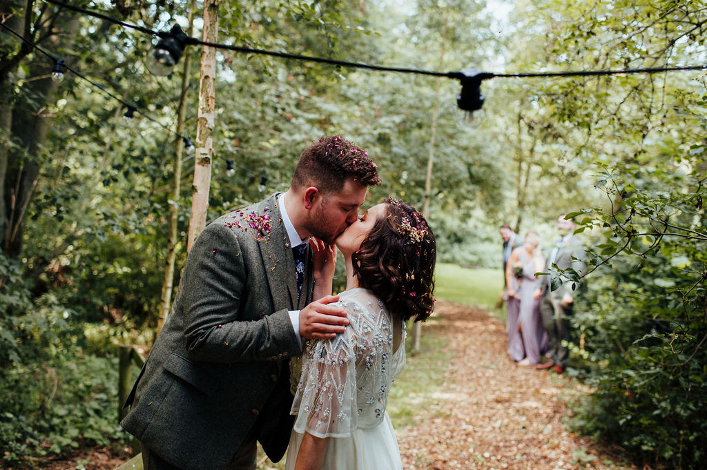 choosing a wedding photographer