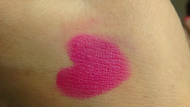 Revlon ColorBurst Lipstick Fuchsia Swatch 2