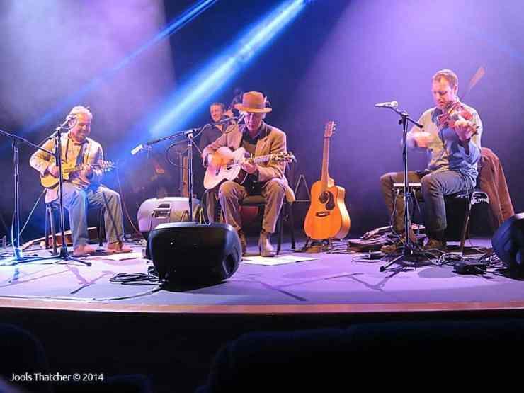 Shane Howard and Band - Colac 2014