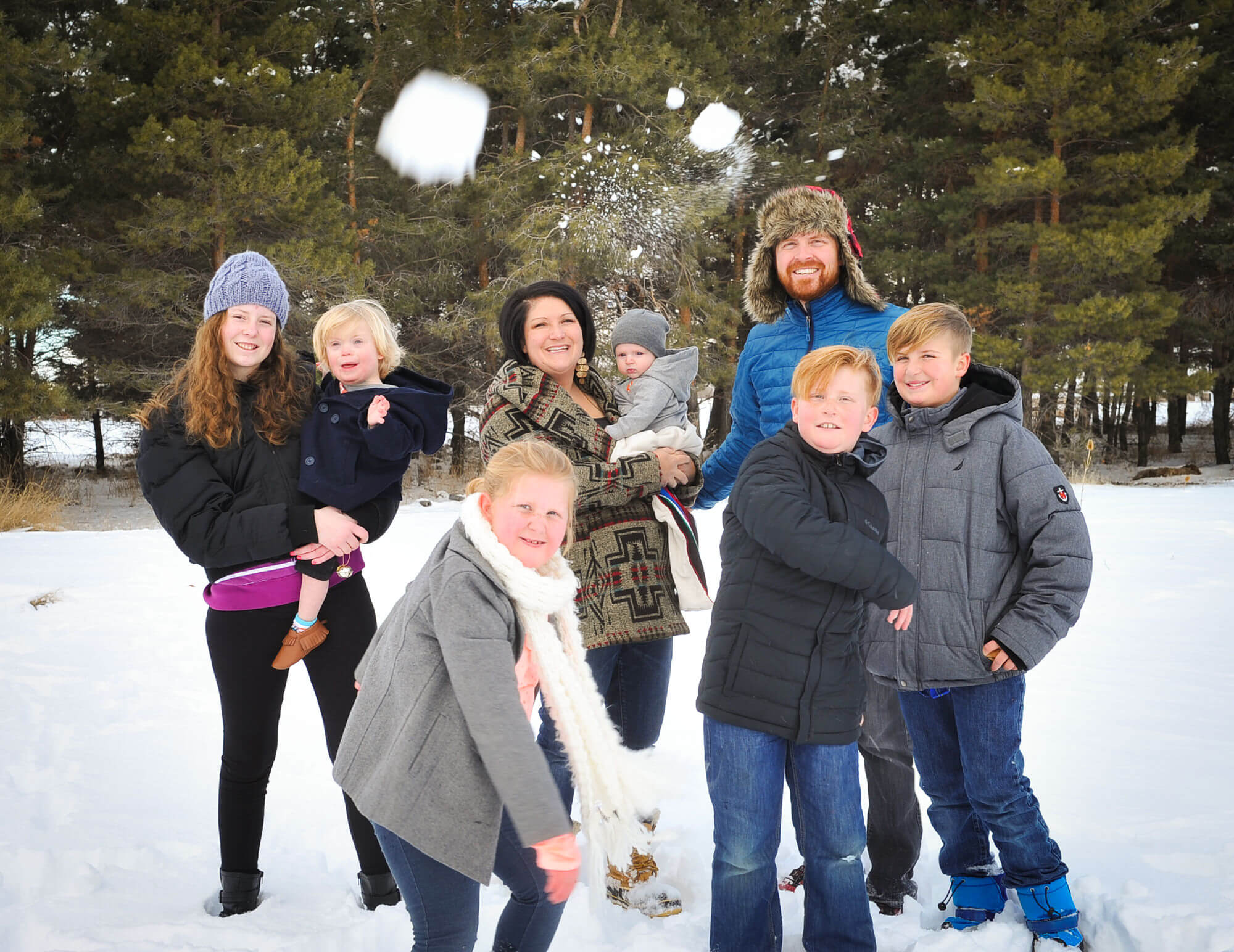 Snow throw family-2
