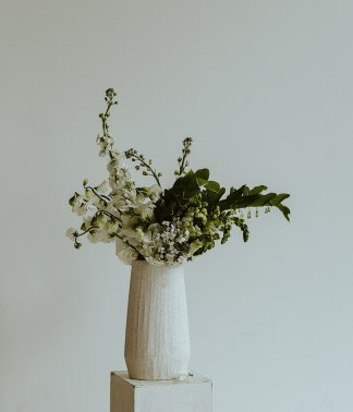 Seasonal Bouquet in White | That Flower Shop | Signature Arrangement