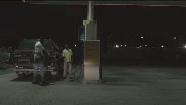 E10-Zainab looking for fuel4