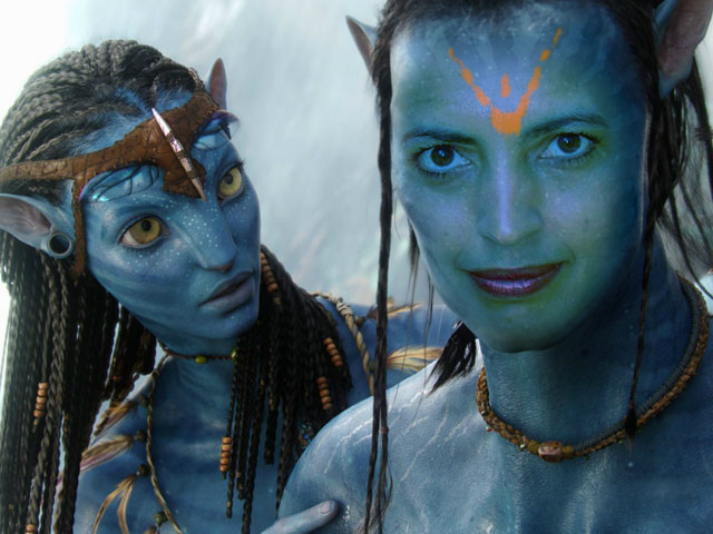 cheryl ragsdale as a guy in avatar paint with lipstick