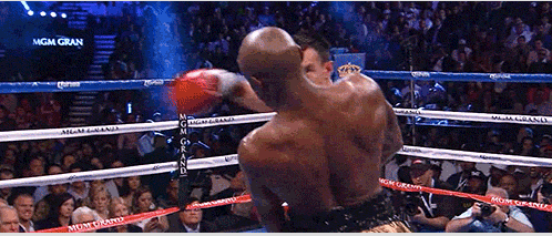Mayweather-Guerrero slipping left hand punch