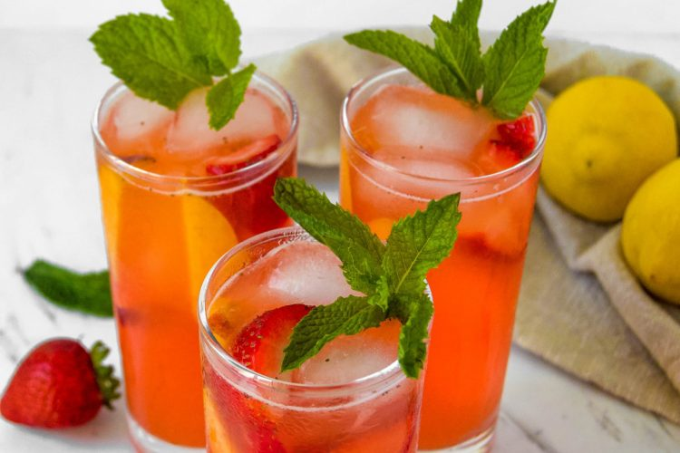 Strawberry-Peach-Lemonade-45-degree-angle