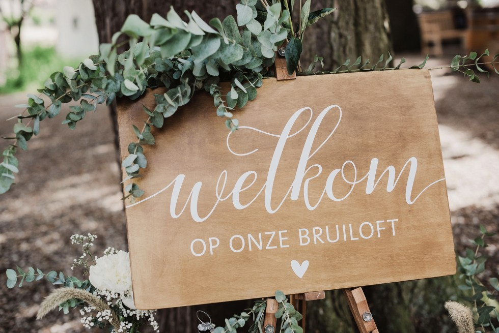 welkom, welkomstbord, Weddingprints, rustiek, romantisch, bruiloft, trouwen, wedding, weddingstyling, styling