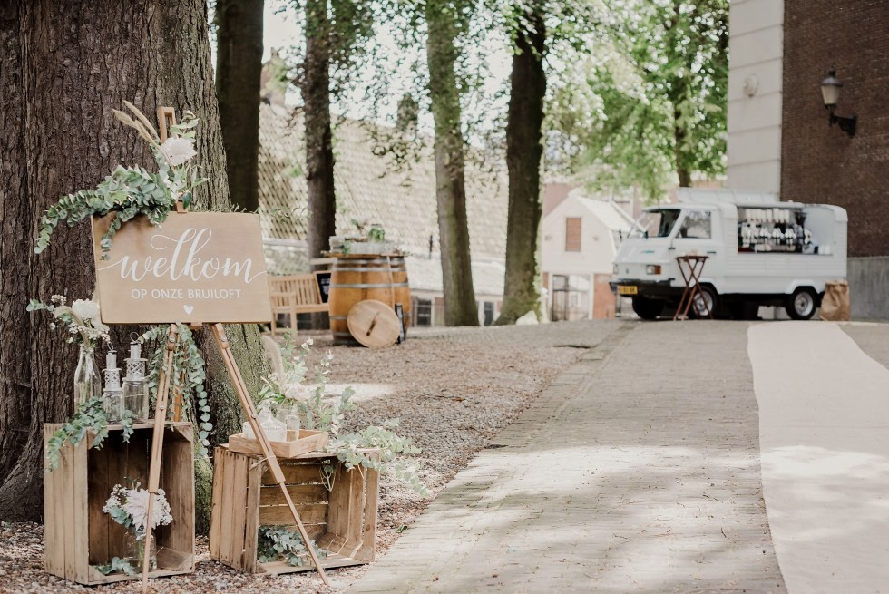 Ouderkerk aan de Amstel, Amstelkerk, koffiepiaggio, kerk, bruiloft, trouwen, bruiloftstyling, wedding decor, weddingstyling, rustic wedding, rustiek, vintage