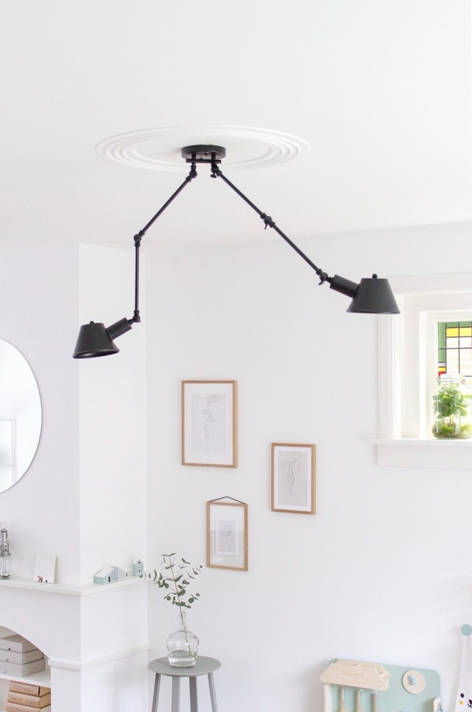 hanglamp, wandlamp, hanglamp waarbij je niet in het licht kijkt, verstelbare lamp, kantelbare lamp, scharnierlamp, lampen, tonone, thathomepage, (th)athompeage, interieur, interieurinspiratie, verlichting
