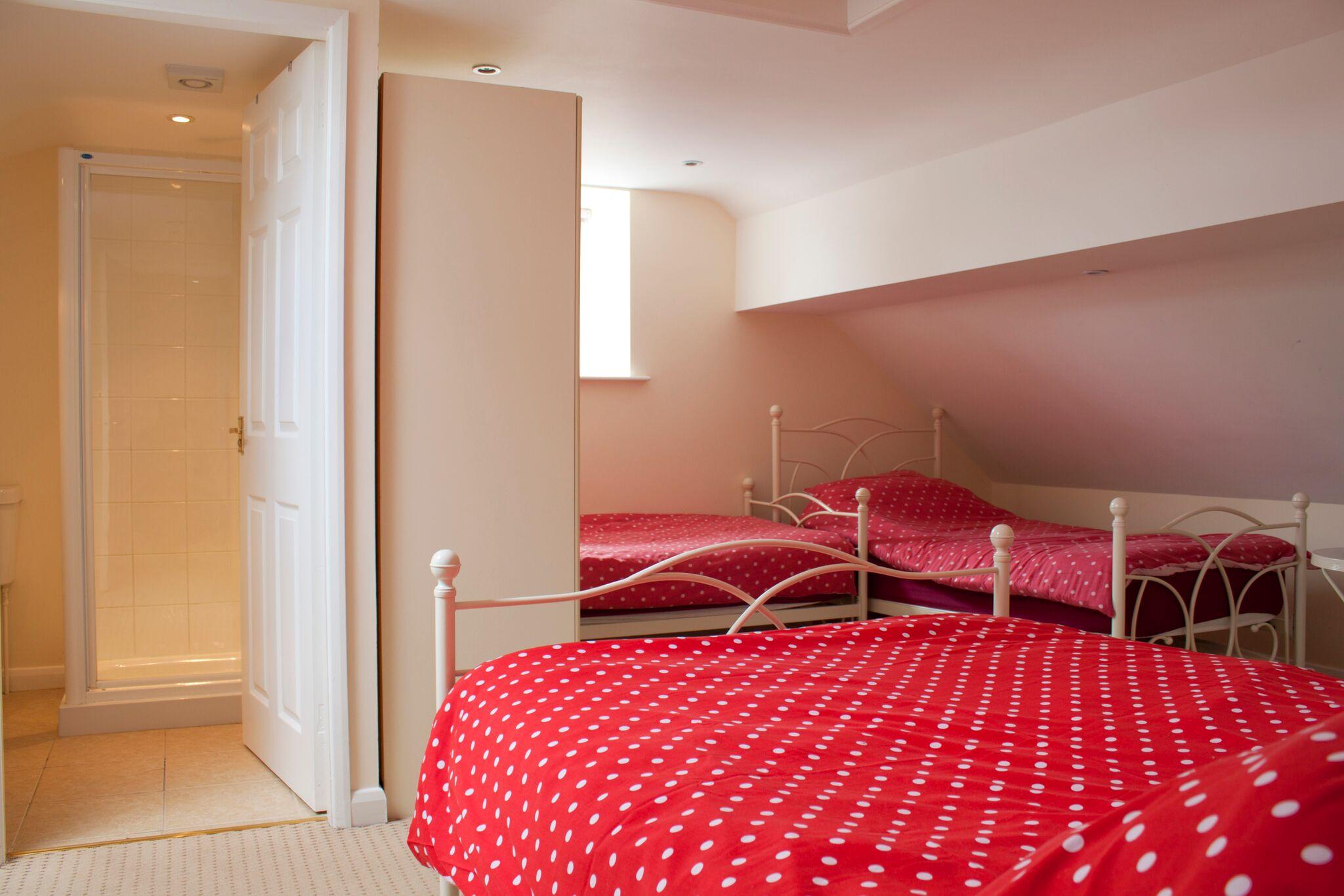 Cottage Bedroom 3