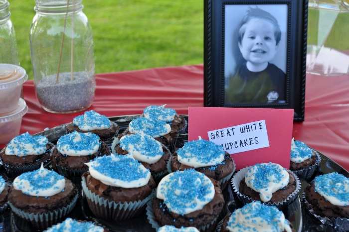 great white shark cupcakes