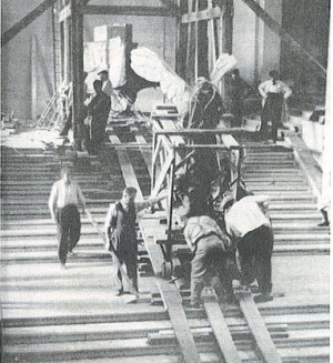 Preparing for WW2, Nike descends the Daru Staircase on 3 September 1939