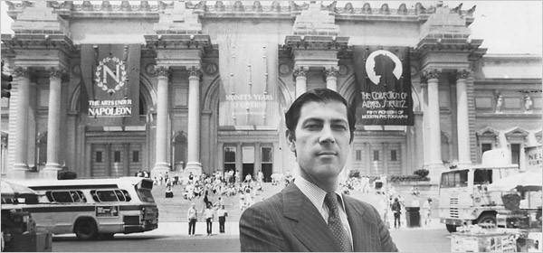 black and white photo of Philippe de Montebello in 1978 in front of the Met