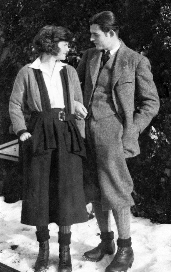 Ernest Hemingway and Hadley Richardson, 1922
