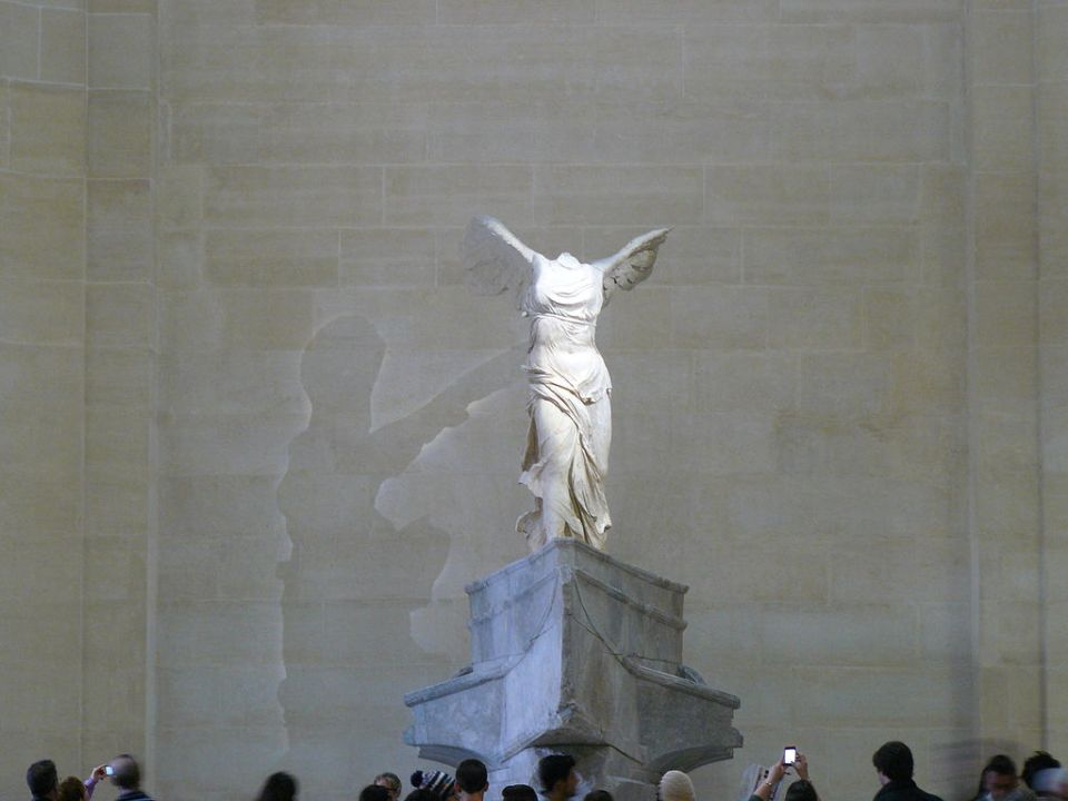 Nike of Samothrace, Louvre