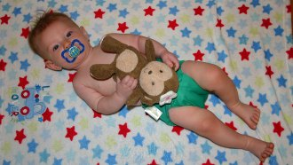 bumGenius 4.0 Cloth Diaper Review and Giveaway