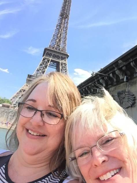 Sue, Kim, France, Eiffel Tower, 2015
