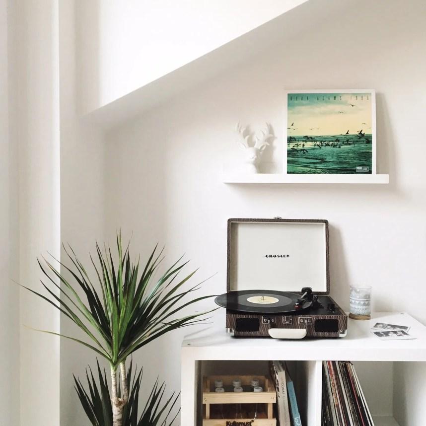 my scandinavian home_music corner