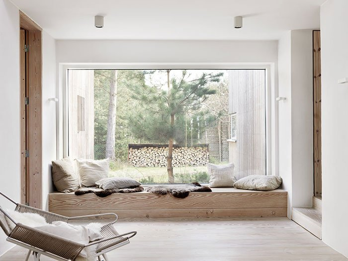 natural_scandinavian_home_window_cozy