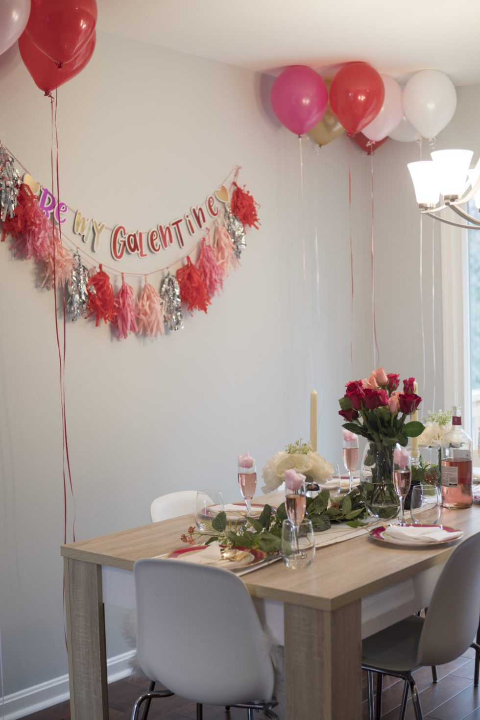 Galentines Tablescape.jpg
