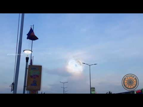 UFO Sightings 2017 | UFOs Caught On Tape |  Awesome Weird UFO Lights