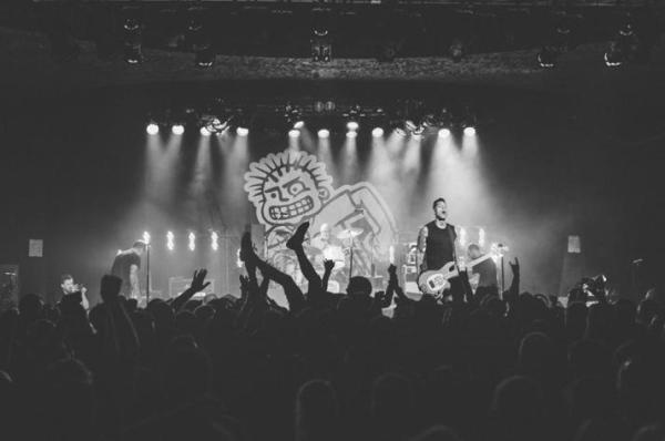 Mxpx Punk Rawk Christmas 2021 Mxpx Release Live Session Video For Play It Loud Tgefm