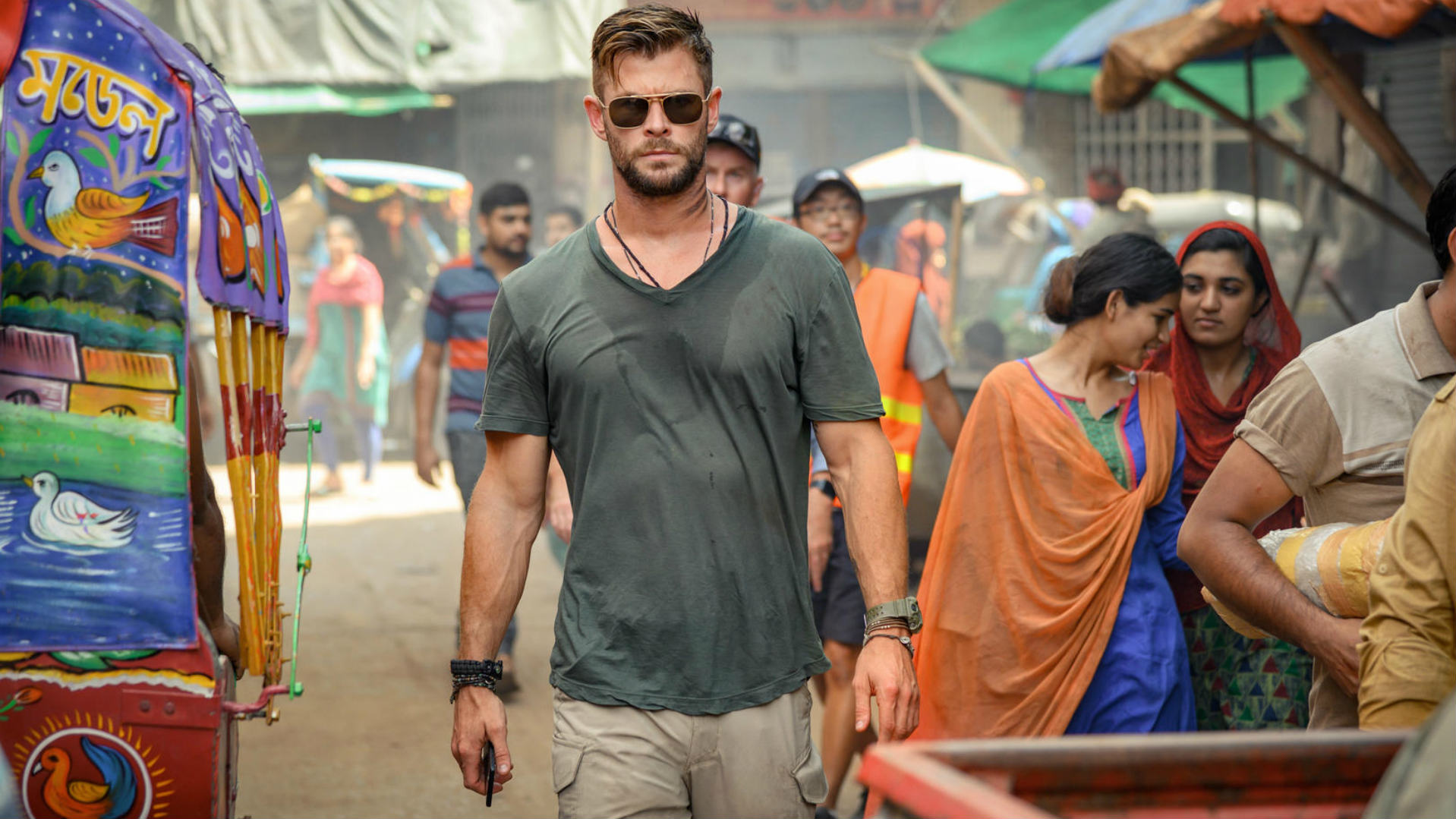Extraction Trailer: Watch Chris Hemsworth go 'Man on Fire'