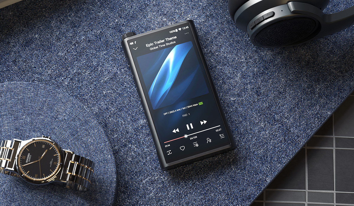 Fiio M15 Unboxing and a Look Back at Portable Music Players