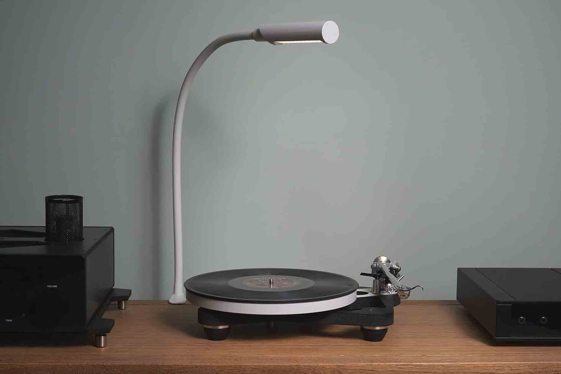 Reliable Uberlight Task Light Review: A Must for Vinyl Record Fans