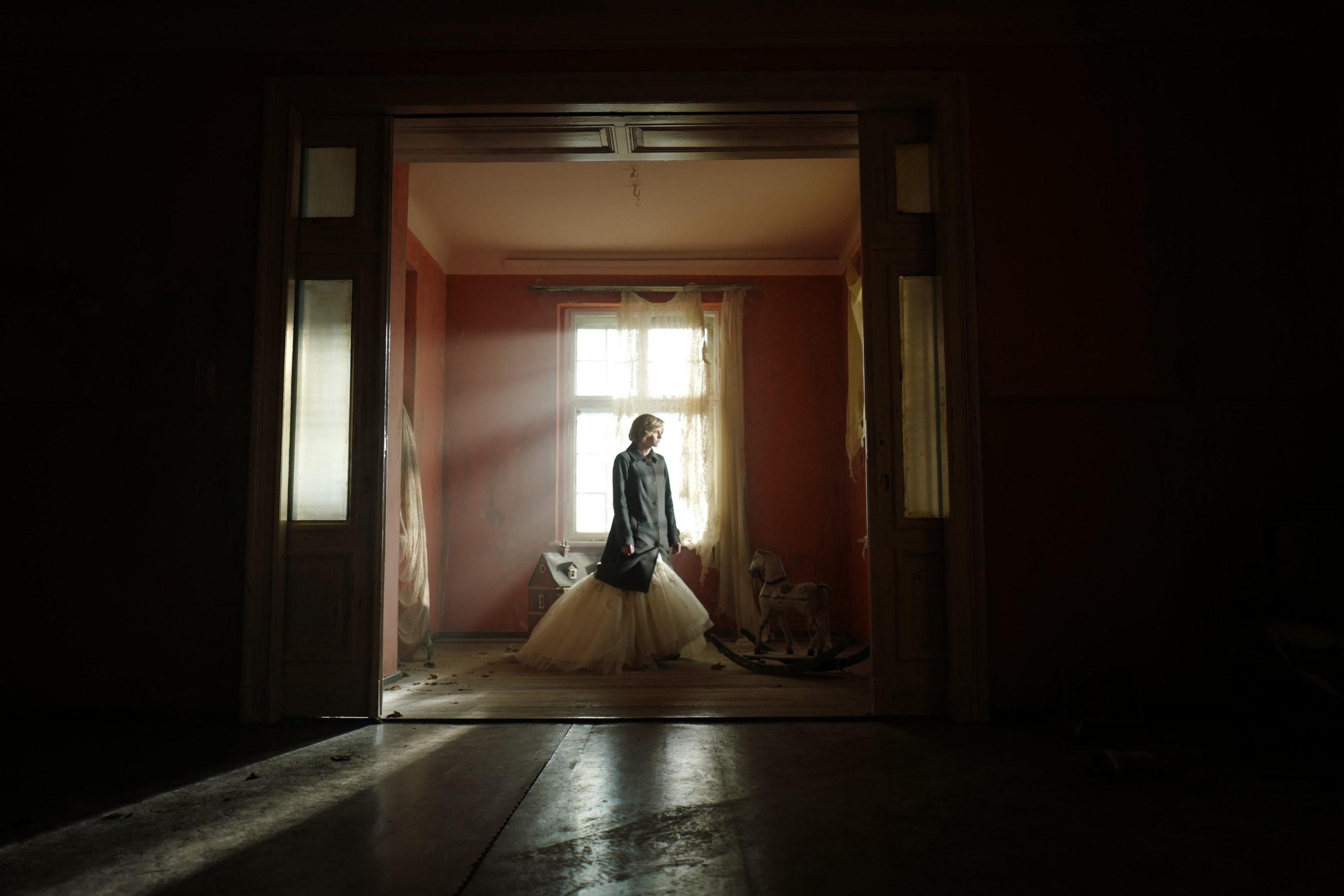 Spencer Trailer: Kristen Stewart Is Coming for All the Awards