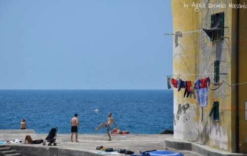 camogli,liguria,italy,sea,football