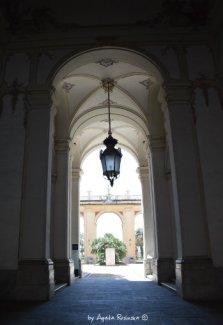 atrium Palazzo Reale