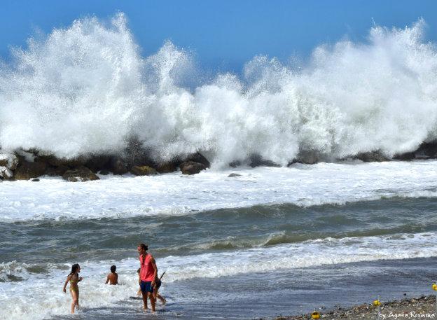 Jak przetrwać na liguryjskiej plaży?