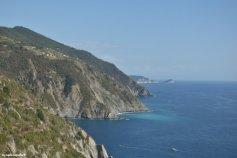 Riomaggiore shore