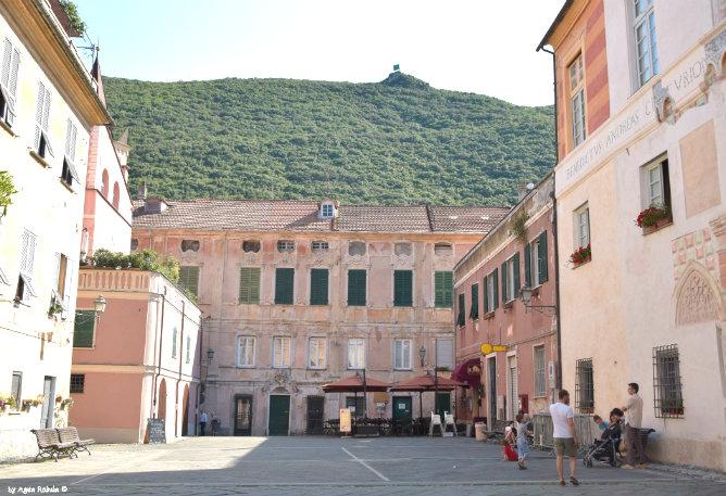 Piazza del Tribunale in Finalborgo