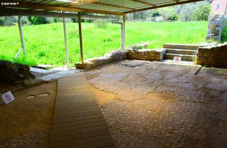 entrance and mosaics of Villa Varignano