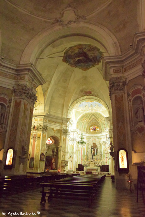 inside the church of Laigueglia