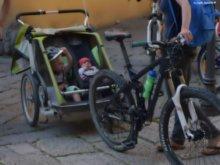 kids by bike