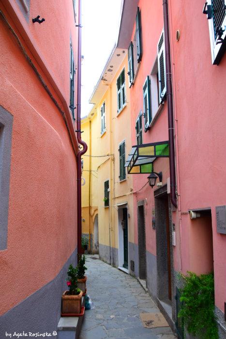 street of Volastra