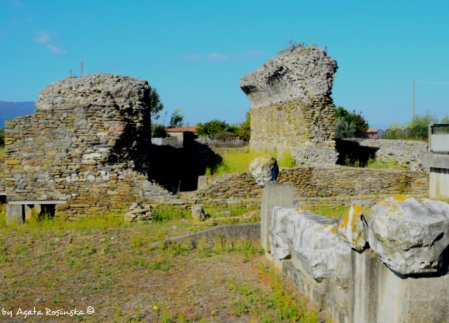 rests of Grande Tempio