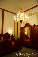 Queens Room fornitures