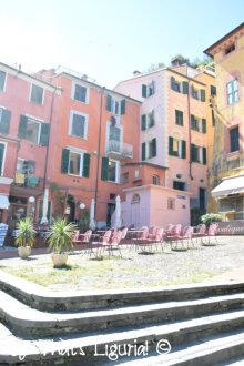 main square Lerici