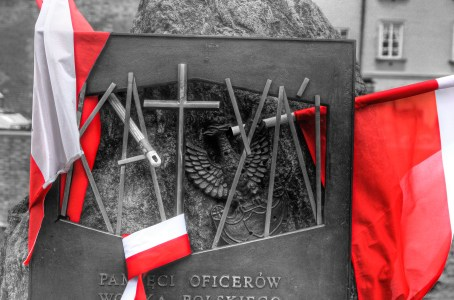 Katyn Memorial, Old Town Warsaw