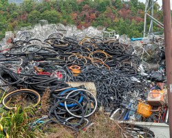 Large piles of bicycle parts