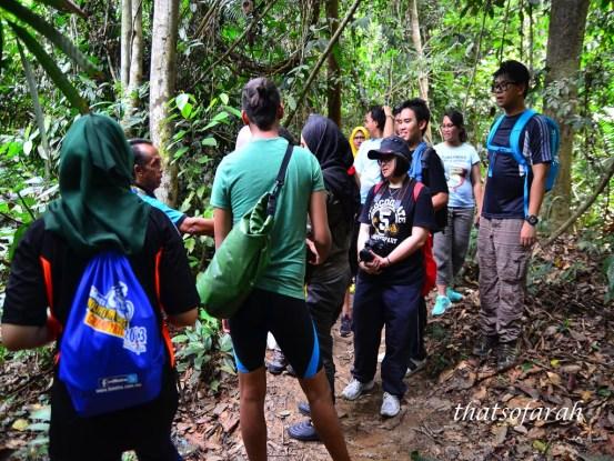 Trekking to Lata Berkoh