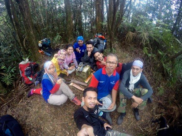 Line Up Trip Gunung Lipat Sanggul
