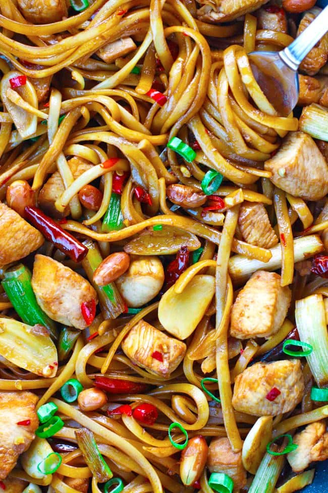 Kung Pao Chicken Linguini twirled around a fork