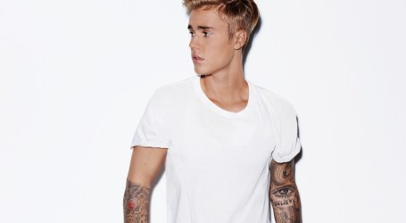 Justin Bieber To Headline New Year's Eve At Fontainebleau Miami Beach With Special Poolside Performance