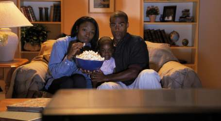Thanksgiving and Chill: All the Shows to Binge-Watch Before You Get 'The Itis'